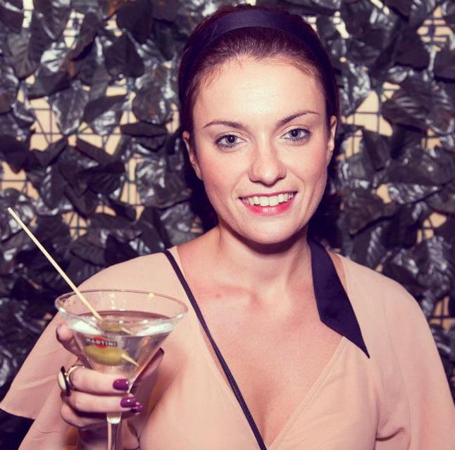 Twittervista a Cristina Simone, social girl tra glamour, SMM e #nofreejobs