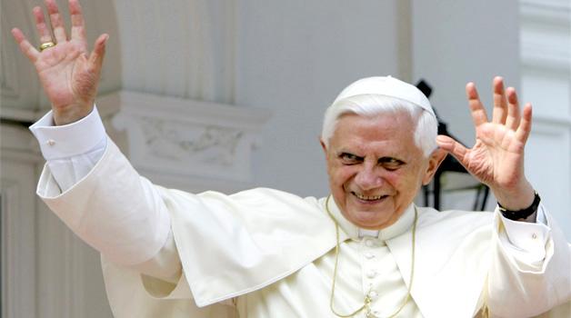 Papa-Benedetto-XVI-@pontifex