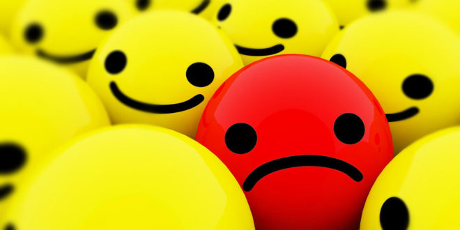 Comunicazione sul Web: la Felicità a tutti costi e il Cinismo senza senso